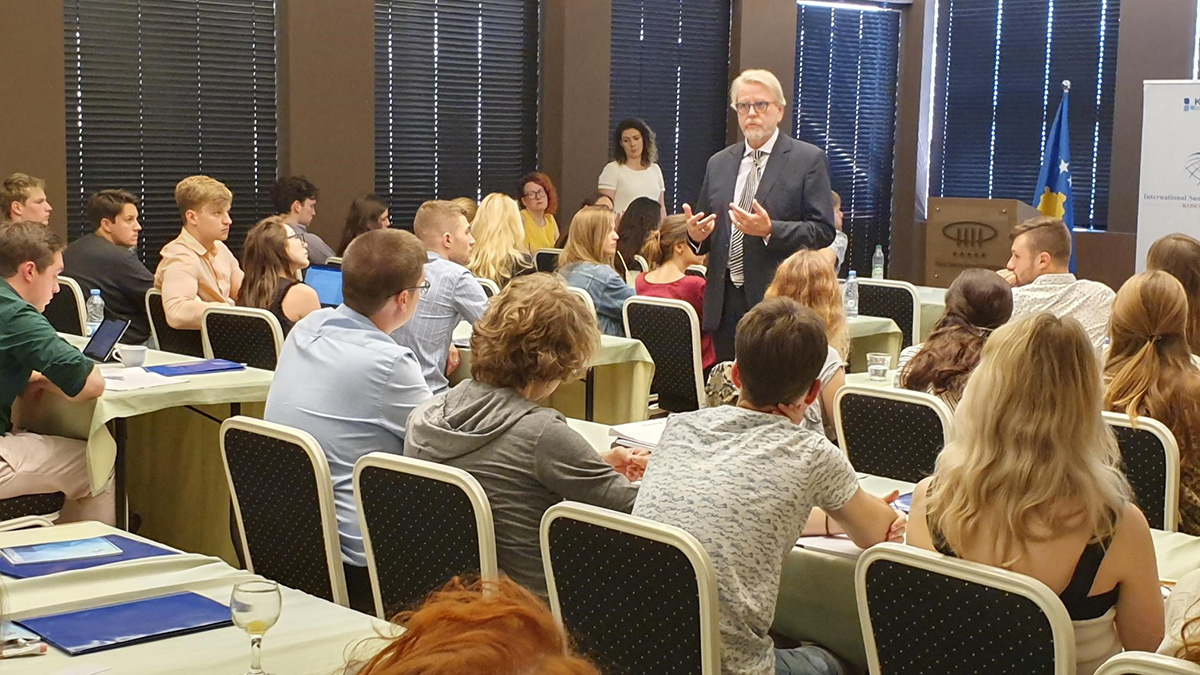 """Acting Head of Mission gives lecture to """"Kosovo International Summer Academy"""" students"""